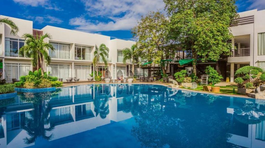 Aziza Paradise Hotel - Swimming Pool