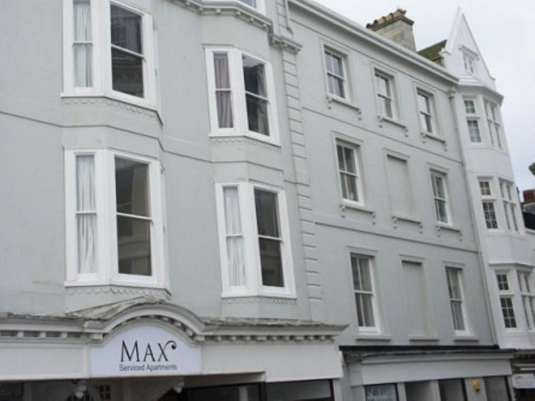 Max serviced apartments brighton charter house brighton for Brighton house