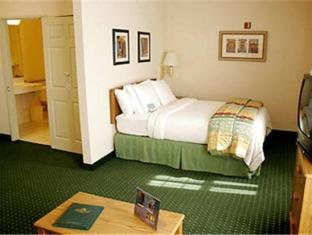 booking.com TownePlace Suites by Marriott Dallas Bedford