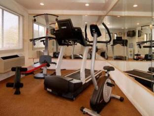 Quality Inn And Suites Carlsbad Carlsbad (CA) - Fitness Room