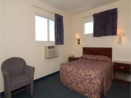 Suburban Extended Stay Hotel Clearwater hotel accepts paypal in Largo (FL)