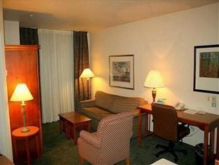 Staybridge Suites Lincolnshire