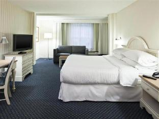 Best PayPal Hotel in ➦ Eastham (MA):