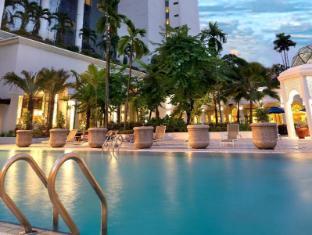 Hotel Istana Kuala Lumpur City Center Kuala Lumpur - Uima-allas