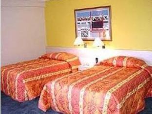 リンカーン スイーツ ホテル カラカス - 客室
