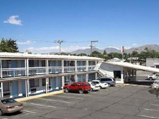 Winnemucca Holiday Motel