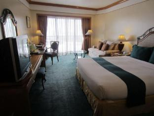 Century Park Hotel Manila - Executive Club Room