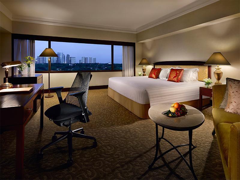 ドゥシタニ ホテル (Dusit Thani Manila Hotel)