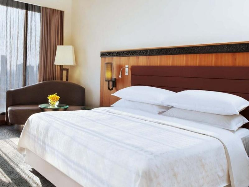 Towers Executive Room (Breakfast & Towers Benefits)