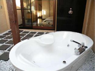 Hotel Allamanda image