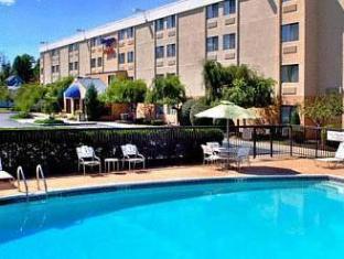 Fairfield Inn Portsmouth Seacoast Hotel Portsmouth (NH) - Swimming Pool