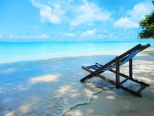 Phi Phi Relax Beach Resort Koh Phi Phi - Beach