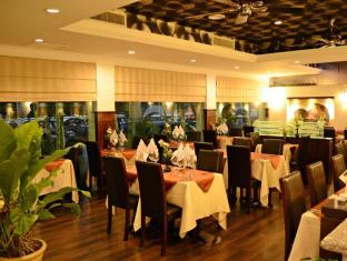 Regalodge Hotel Ipoh - The Limestone's Dining Area