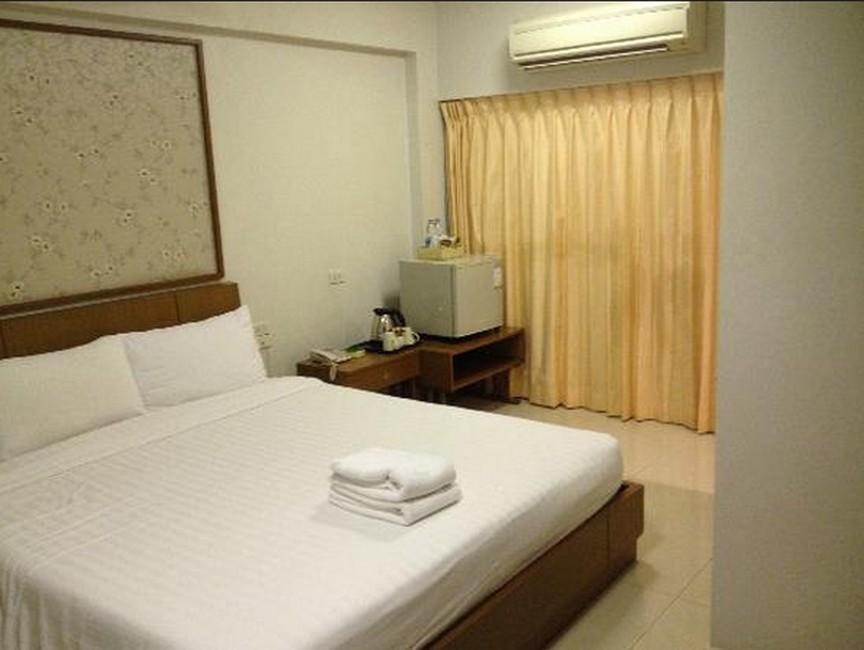 โรงแรม ดิ ไอวอรี่ สุวรรณภูมิ