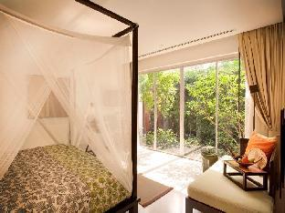 YaiYa Resort guestroom junior suite
