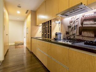 Ascott Raffles Place Singapore guestroom junior suite