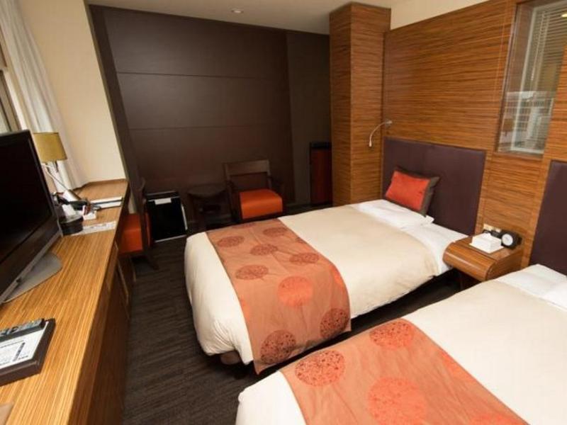 osaka hotels Mitsui Garden Hotel