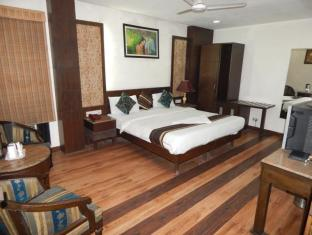 Hotel Grand Peepal - New Delhi