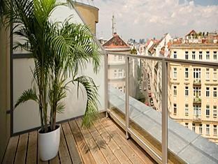 Eurostars Embassy Vienna - Balcony/Terrace