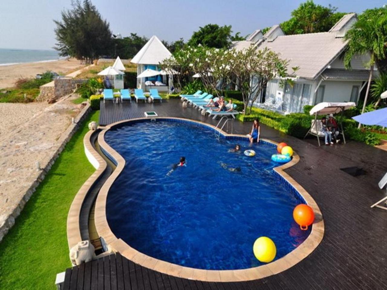 บลู สกาย รีสอร์ท (Blue Sky Resort)
