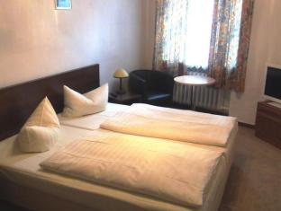 Hotelpension Margrit Berlin - Gästezimmer
