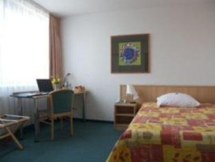 Armony Hotel & Business Center Berliini - Hotellihuone