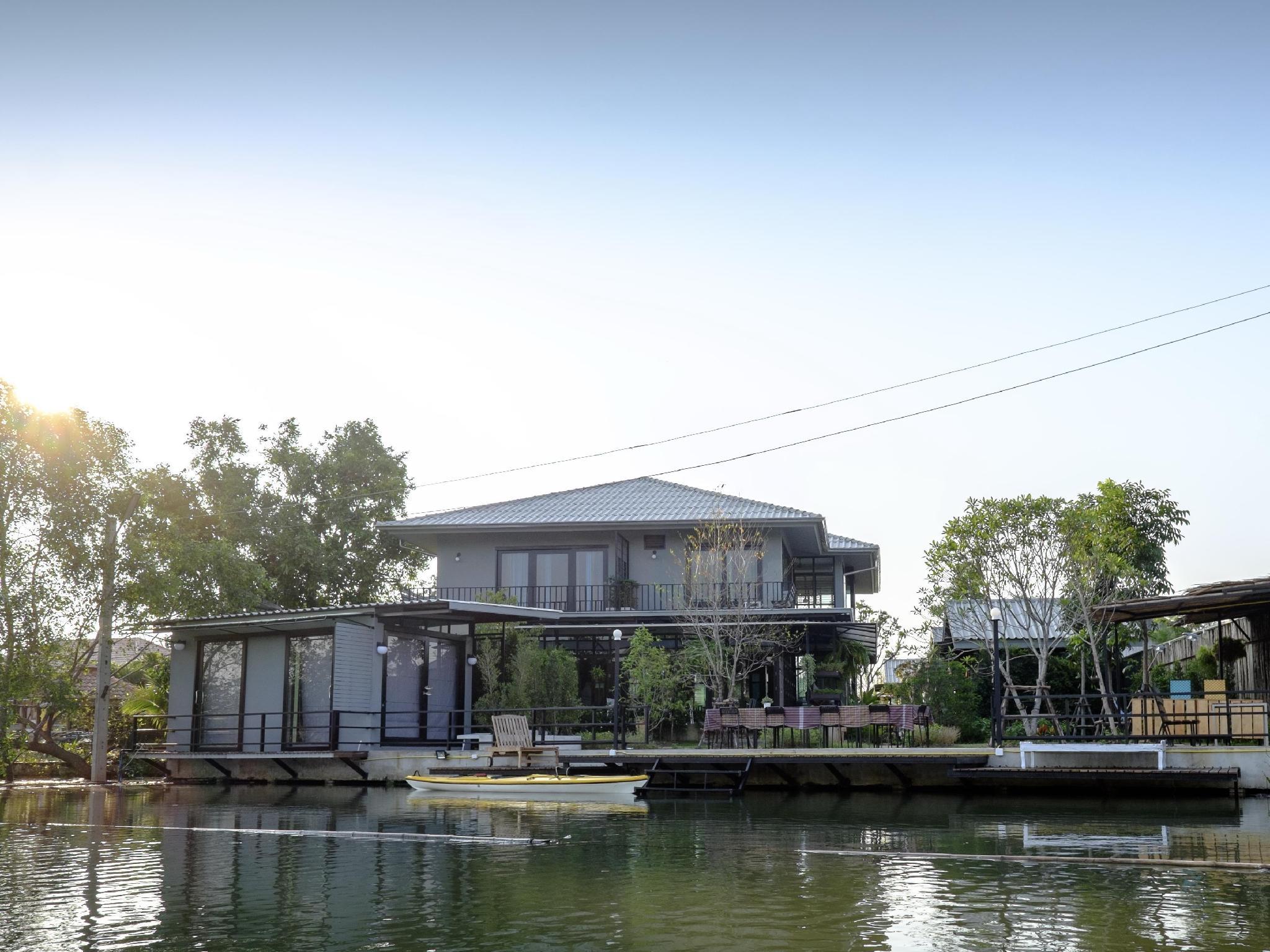 安葩洼卡扎普拉图酒店,อัมพวา คาซา ปลาทุ