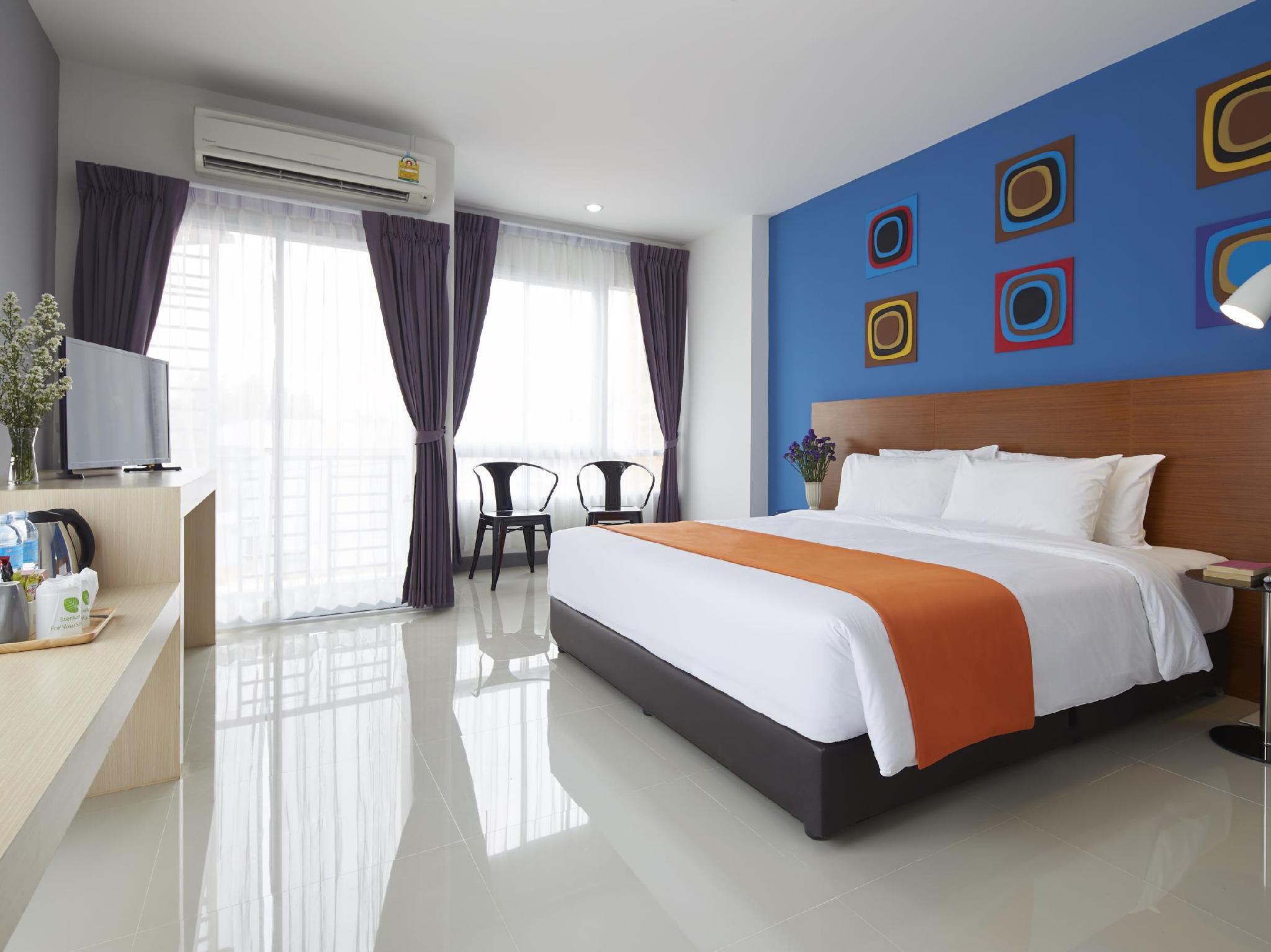 โรงแรมนาโน เพลซ