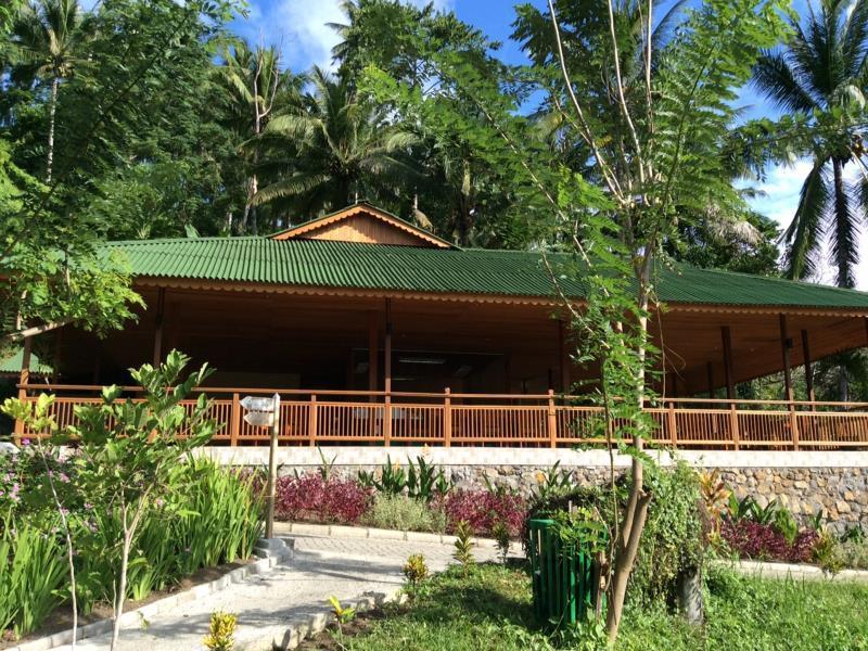 Hotel Botanica Nature Resort - Jl. Johan Pinontoan, Lingkungan 1 Kel.Danowudu Kec. Ranowulu Bitung Sulawesi Utara - Bitung