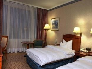 Best PayPal Hotel in ➦ Gera: