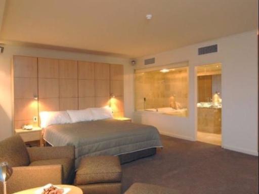 Best PayPal Hotel in ➦ Devonport: Edgewater Hotel