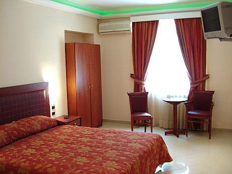 Brazil Hotel – Athens 1