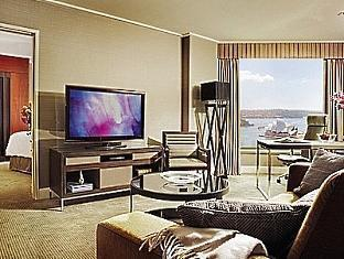 Four Seasons Hotel Sydney2