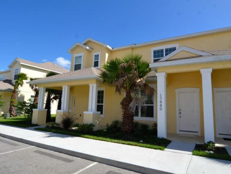 17740pa By Executive Villas Florida