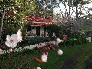 book Castlemaine hotels in Victoria without creditcard