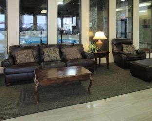 Econo Lodge Inn and Suites Brookings