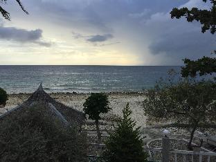 Oslob Lagunde Beach Villa
