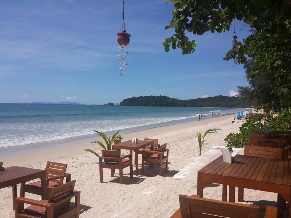 JJ Beach Resort & JJ Seafood Restaurant