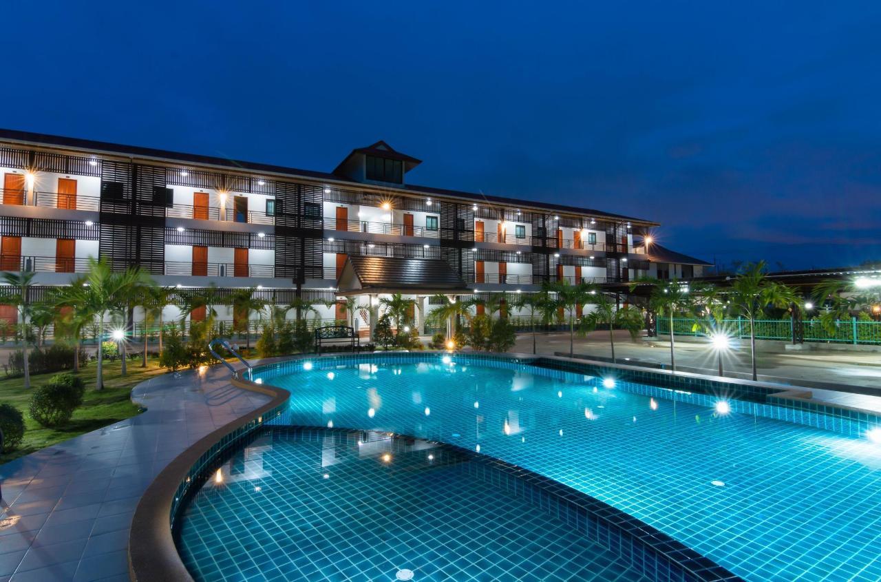สำโรงการ์เด้น รีสอร์ท (Samrong Garden Resort)