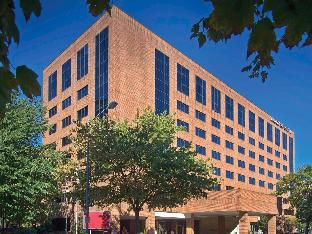 Hilton Hotels Booking Go Hilton Booking Site The District by Hilton Club