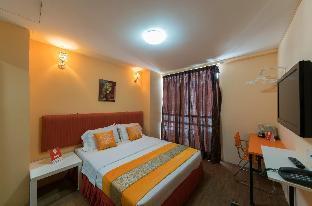 OYO 137 1st Centro Hotel