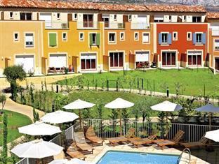 Park & Suites Village Aix-Le Rousset