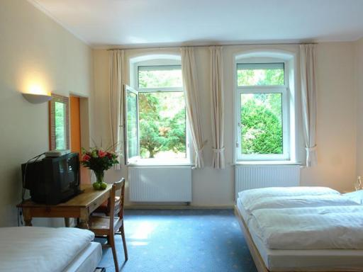 ➦  GreenLine Hotels    (Lower Saxony) customer rating