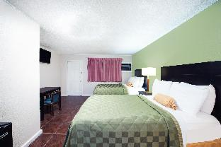 Executive Inn and Kitchenette Suites