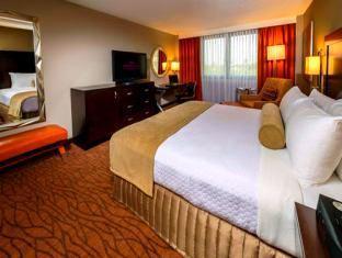 クラウン プラザ マイアミ インターナショナル エアポート ホテル