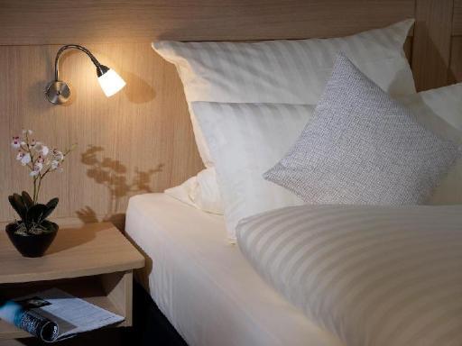 ➦  Carlson Rezidor Hotel Group    (Niedersachsen) customer rating