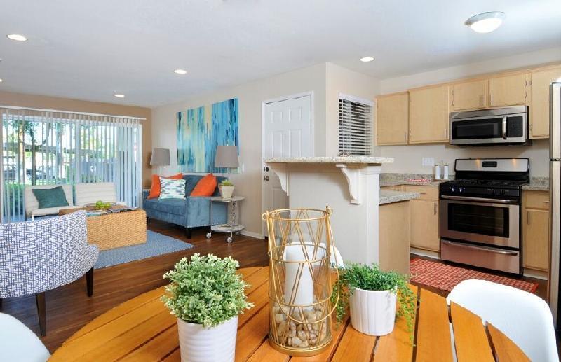 Villa Boutique Suites Palm Springs - Palm Springs, CA 92264