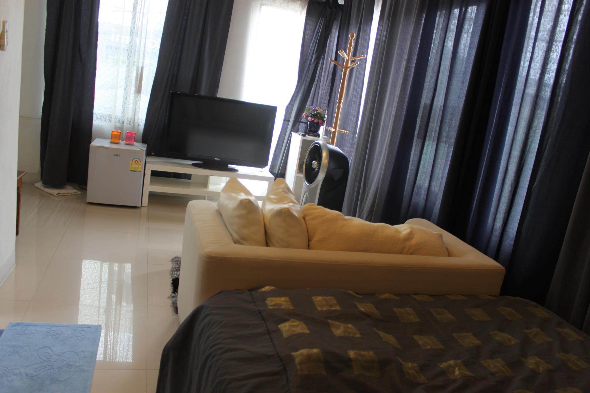 塔佩床铺旅馆,ท่าแพ บังก์ โฮม