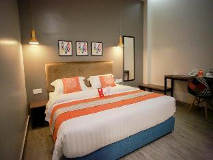 OYO 247 BZZ Hotel