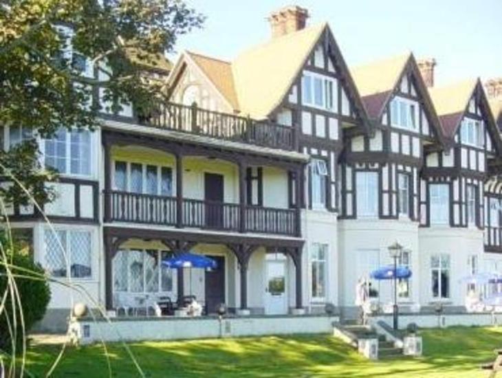 Sea Marge Hotel photo 1